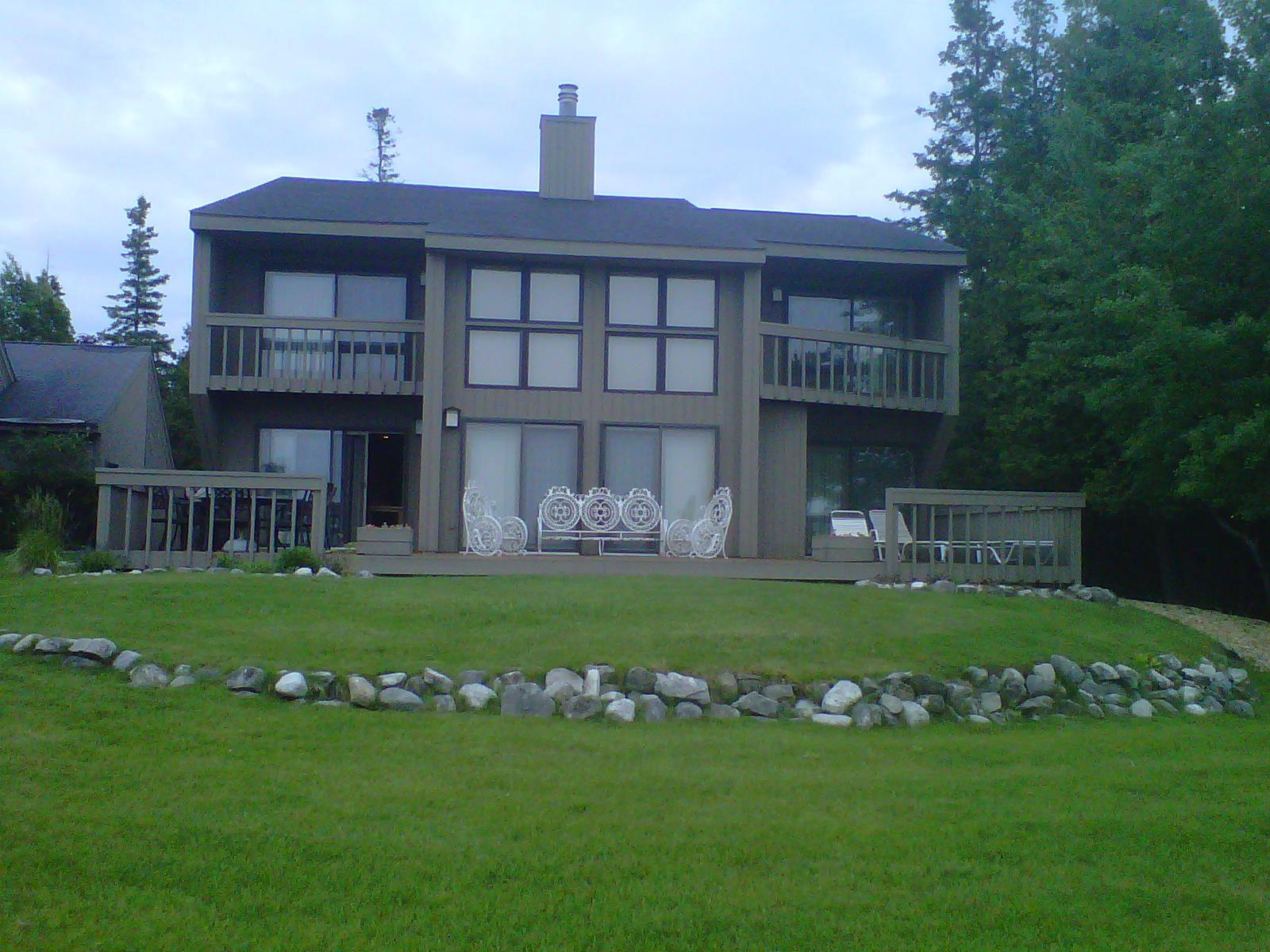 vacation farm house lodgings cottage cottages pet and the friendly charlevoix in michigan accepting rentals farmhouse